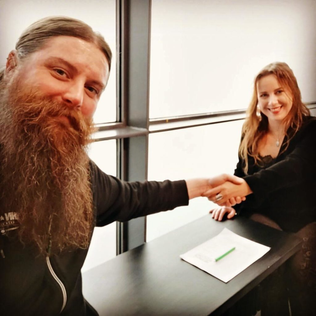 Record deal between Eielra and Inverse Records